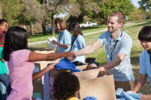 Volunteer-Handshake